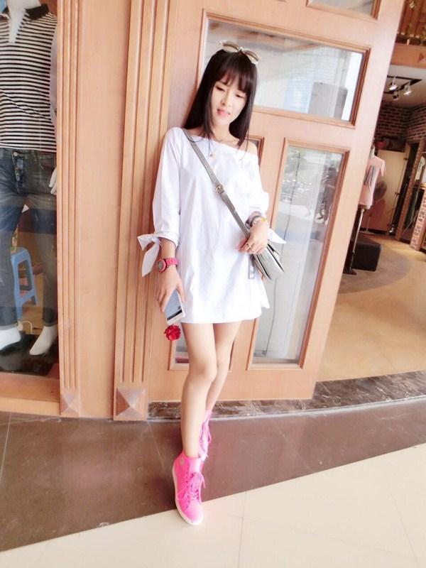 魅族风暴2015夏新款 白色  女士 性感 连衣裙